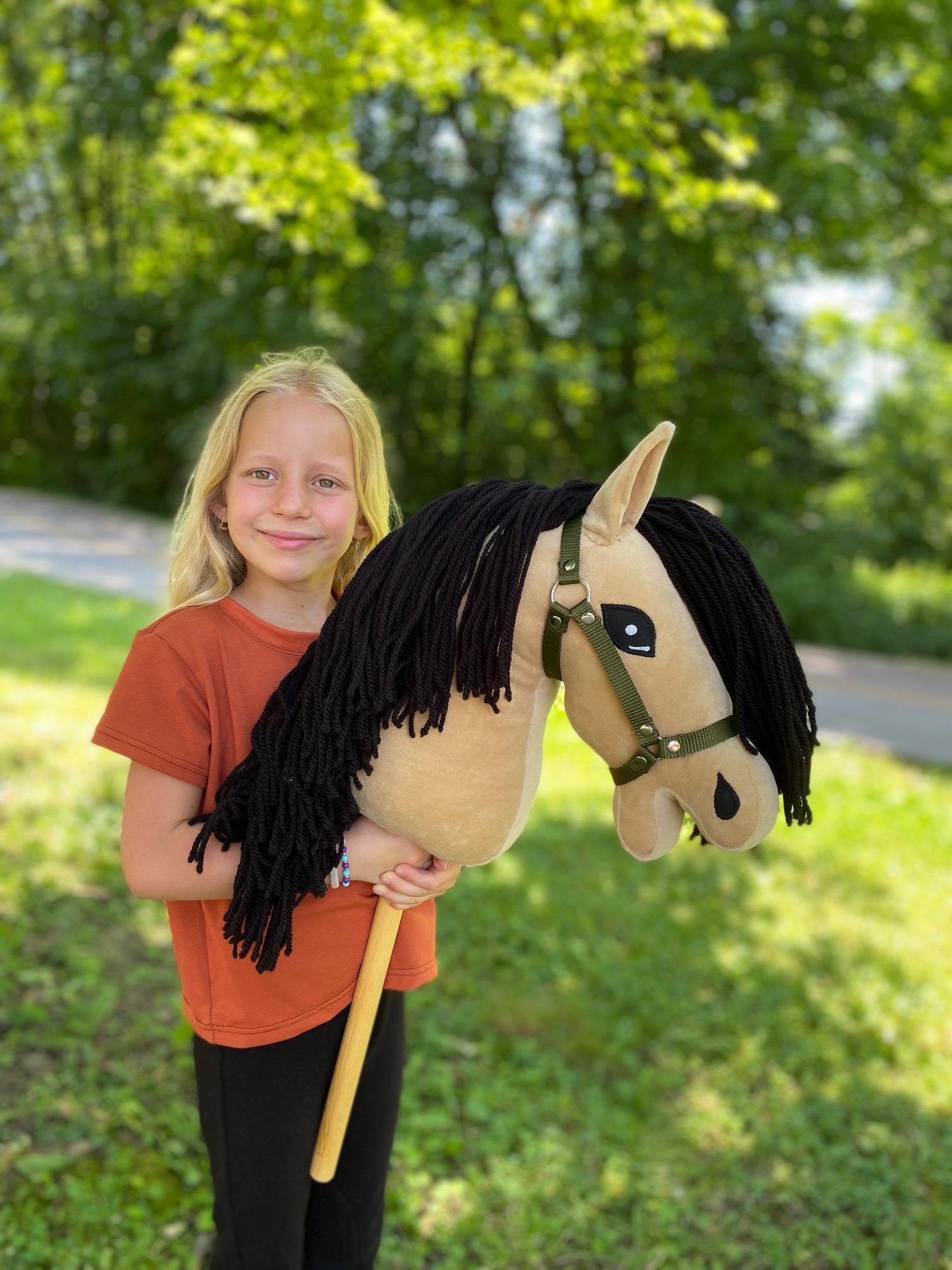 Hobby horse - Gina